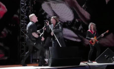 Vídeo: Metallica e Iggy Pop cantan juntos 'T.V. Eye'