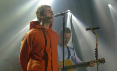 Vídeo: Liam Gallagher y Coldplay cantan juntos 'Live Forever'