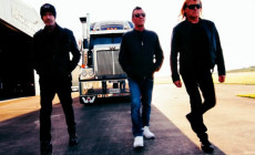 El ex AC/DC Phil Rudd presenta su vídeo en solitario 'Head Job'