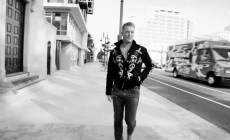 'The Way You Used To Do', vídeo de Queens of the Stone Age