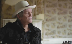 'It Ain't Over Yet', vídeo de Rodney Crowell, con Rosanne Cash y John Paul White