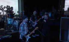 Vídeo: U2 interpretan en televisión 'I Still Haven't Found What I'm Looking For'