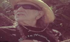 'Alice in Hulaland', vídeo de Willie Nelson y Merle Haggard
