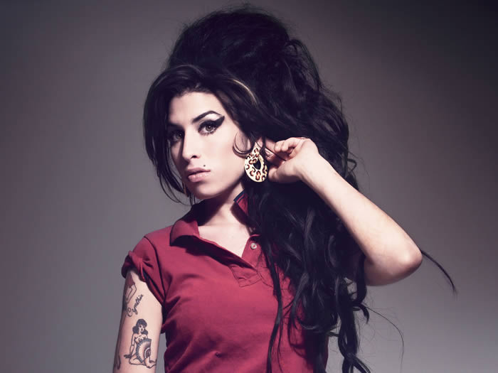 amy-winehouse-02-07-190