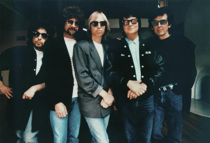 Traveling-Wilburys-19-04-16