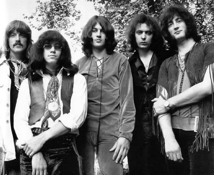 deep-purple-20-08-16-a