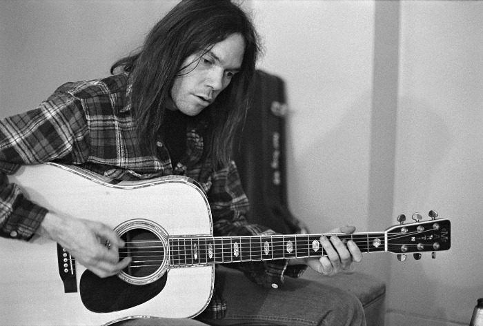 neil-young-16-08-16