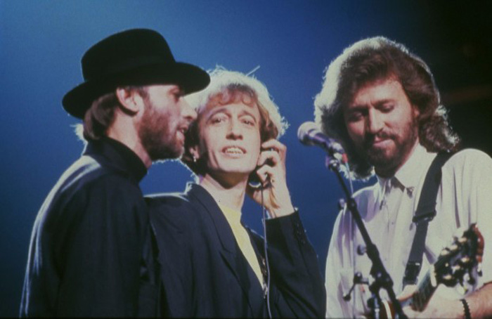 bee-gees-22-12-16