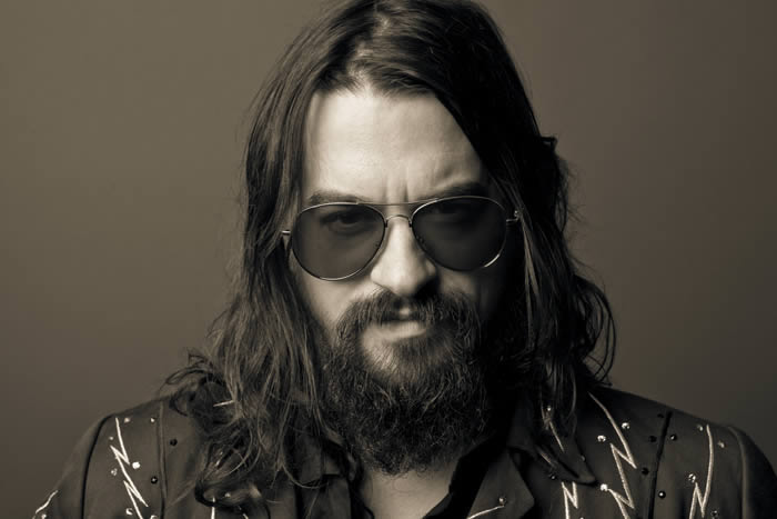 Shooter-Jennings-21-01-17