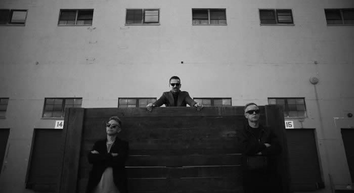 depeche-mode-10-02-17