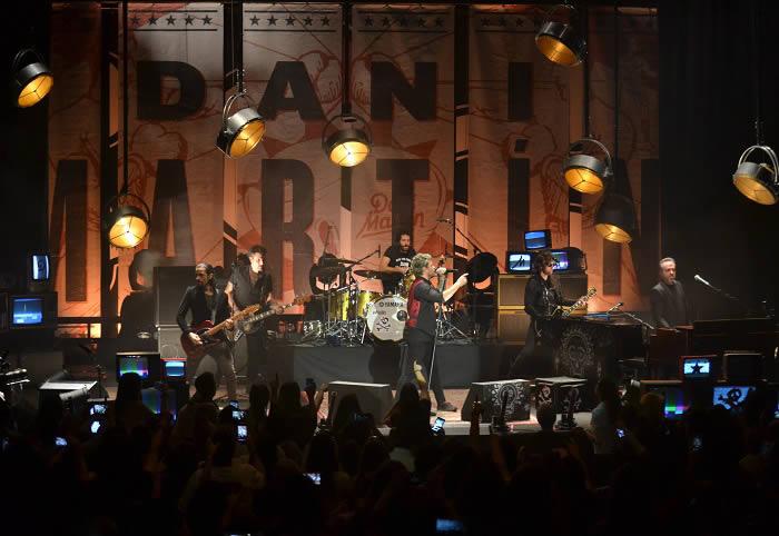 dani-martin-12-11-17-d