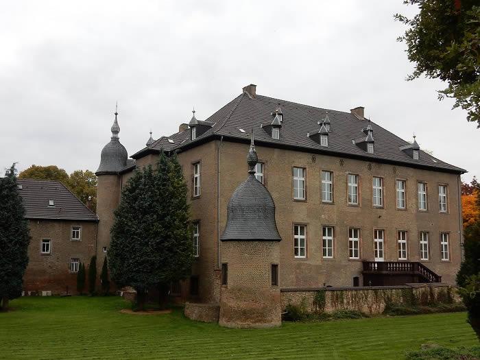 castillo-norvenich-11-02-18-1