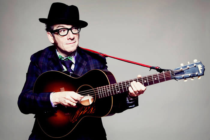 Cancela Elvis Costello gira por 'agresivo' tumor