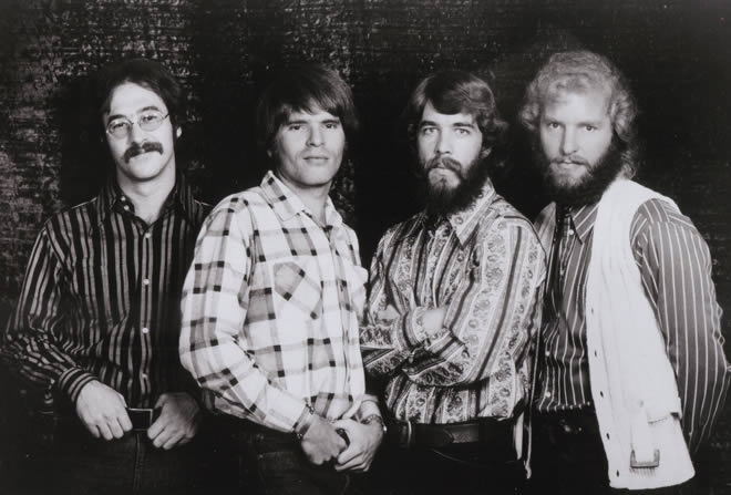 Creedence-Clearwater-Revival-13-12-14