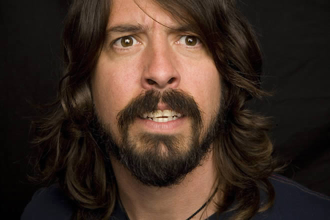 Dave-Grohl-19-02-14