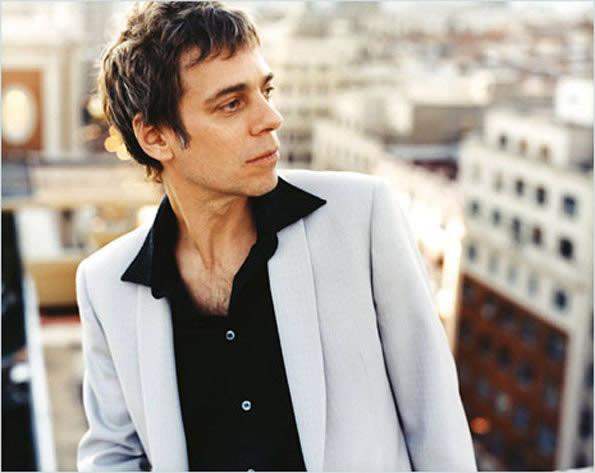 Ariel Rot celebra sus 30 años en la música