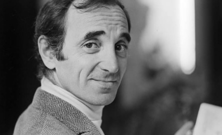 Charles Aznavour, elegante maestro de la chanson