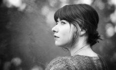 Chloé Bird: «Cuando componía en inglés me escondía un poco»