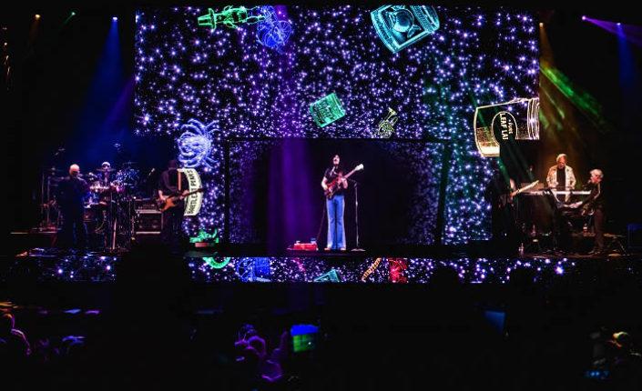 La resurrección holográfica de Frank Zappa