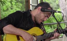 """Vídeo: Ismael Serrano canta """"Palabras para Julia"""" de Paco Ibáñez"""