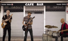 """Vídeo: Los Enemigos versionan """"La cuenta atrás"""" en defensa de los bares"""