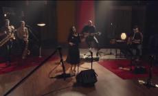 """""""Chau"""", vídeo de No Te Va Gustar y Julieta Venegas"""