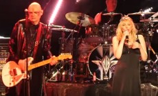 Vídeo de Courtney Love con Smashing Pumpkins
