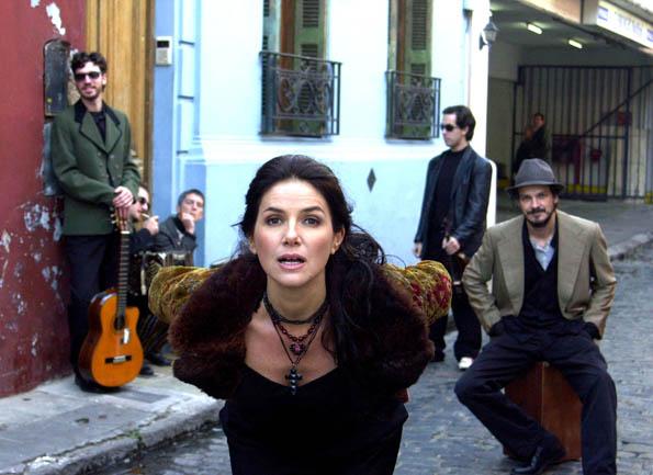 La cantante de La Chicana protagoniza su primer largometraje