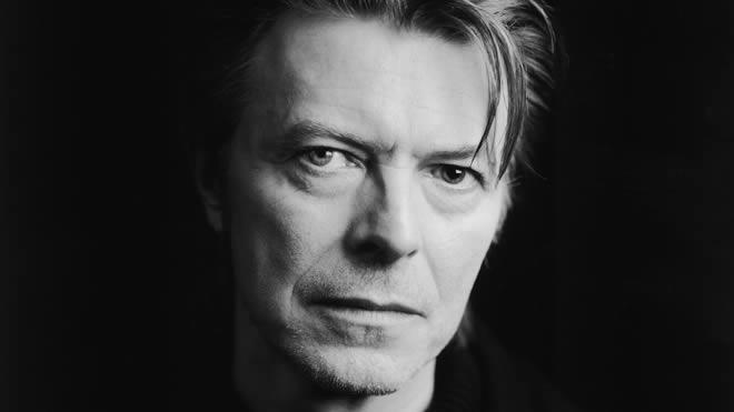 ¿Está grabando un nuevo disco David Bowie?