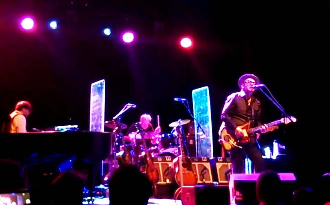 elvis-costello-29-07-13