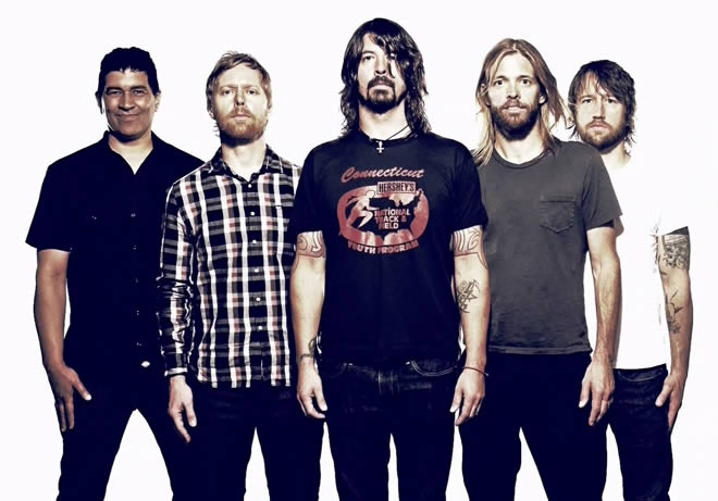foo-fighters-30-10-14