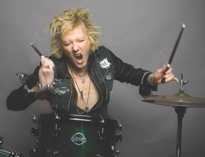 james-kottak-30-04-14