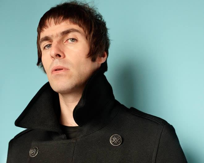 Le reclaman 3 millones de dólares a Liam Gallagher en una demanda de paternidad