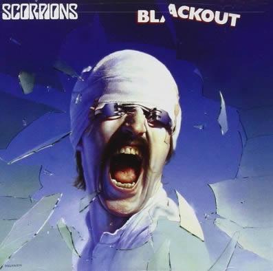 placeres-culpables-scorpions-blackout-17-06-15-c