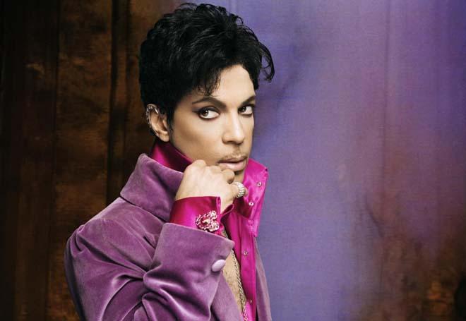 Prince regresa a Warner, la compañía que abandonó al sentirse un esclavo