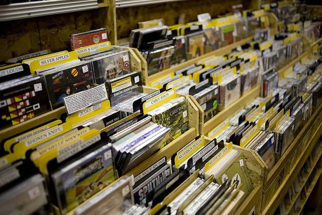 La venta de música baja en España por duodécimo año consecutivo